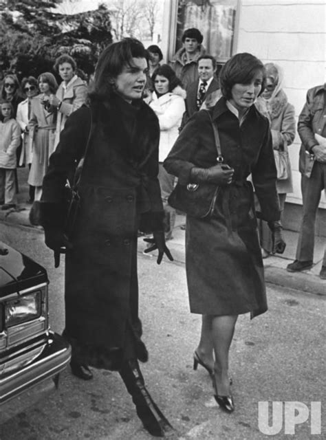 maria callas estate jacqueline kennedy onassis and her sister janet
