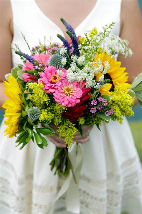 wedding bouquets you can make 3 diy bridal bouquets you can actually make yourself