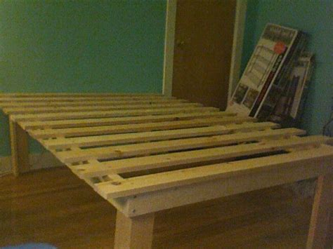 cheap easy  waste platform bed plans furniture
