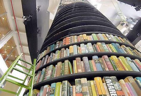 libreria torre di abele torino la crisi passa dal lingotto mamurio