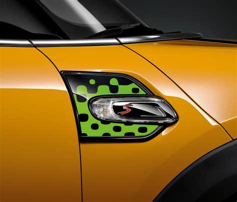 Mini 29 Original cobra accessories adorn the new mercedes v class and vito vans