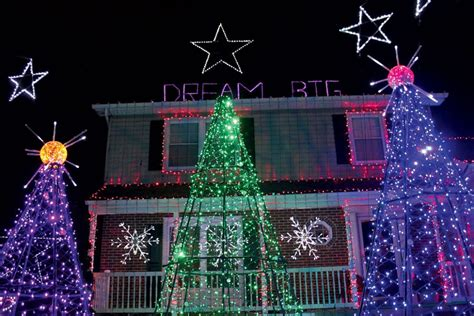 we found 3 of the craziest christmas light houses in