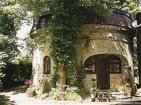 cottage 4 you the water tower ref 13684 in bearsted cottages4you