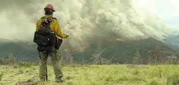 only the brave film trailer second trailer for kosinski s wildfire firefighters film