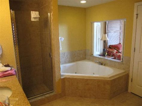 Decorating Ideas Small Bathrooms Bathroom With Jacuzzi Tub Picture Of Floridays Resort