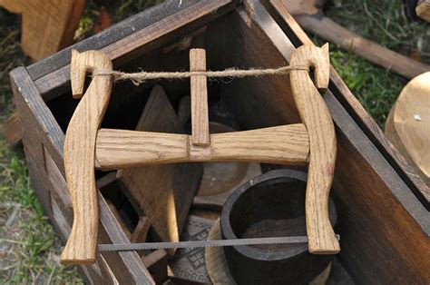 viking    horse shape chairs  green