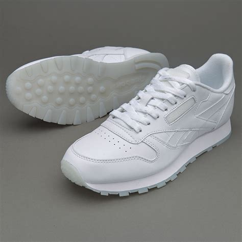 Sepatu Sneaker Leather sepatu sneakers reebok cl leather solids white