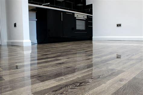 high gloss laminate flooring black