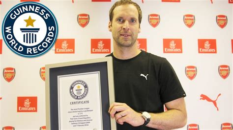 epl keepers clean sheet petr cech most clean sheets in the premier league by a