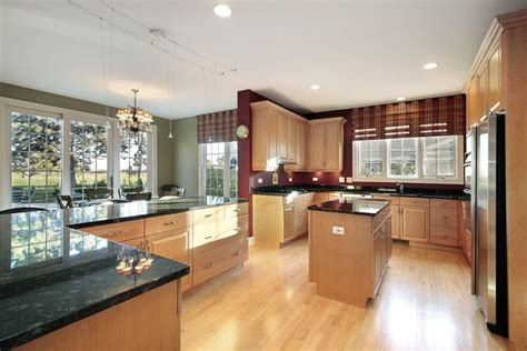 kitchen colors with light wood cabinets 52 enticing kitchens with light and honey wood floors
