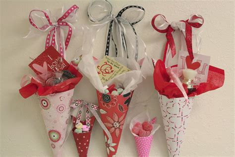 Valentines Paper Crafts - insightful nana