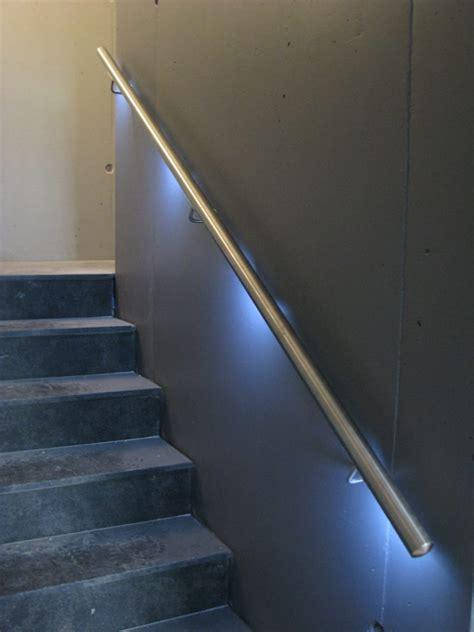 illuminare con led illuminare le scale con le a led ecco 20 idee design