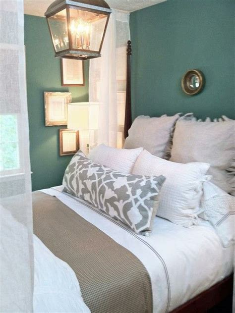 Neutral Bedroom With Pops Of Color - neutral bedding tones and teal walls bedroom pinterest guest rooms love the and love this