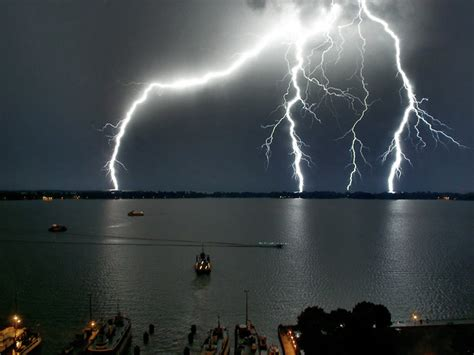 Awesome Lighting awesome lightning strikes gallery