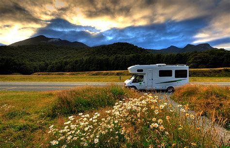 airstreams at home in new zealand 2011 choosing the right motorhome for a new zealand holiday