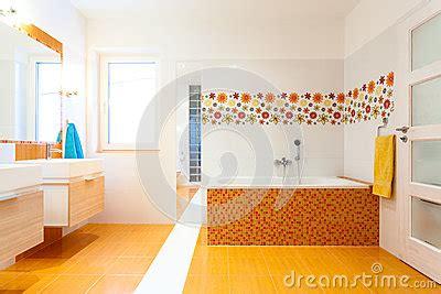 fliesen für badezimmer preise badezimmer badezimmer fliesen gelb badezimmer fliesen