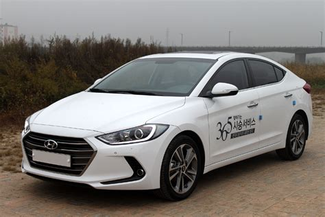 20151020 Hyundai AVANTE Front side
