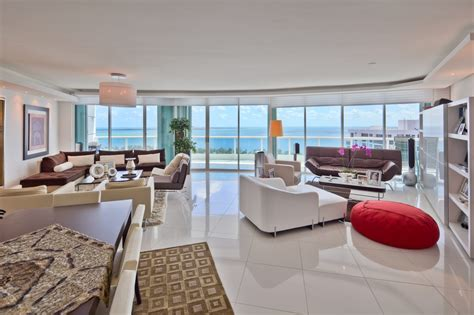 3 bedroom condo best luxury 3 bedroom condo deal in brickell