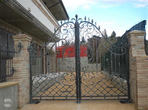 in ferro battuto cancelli in ferro battuto cancello in ferro lavori in