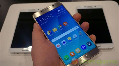 Samsung Note 4 Note 5 samsung galaxy note 5 review ubergizmo