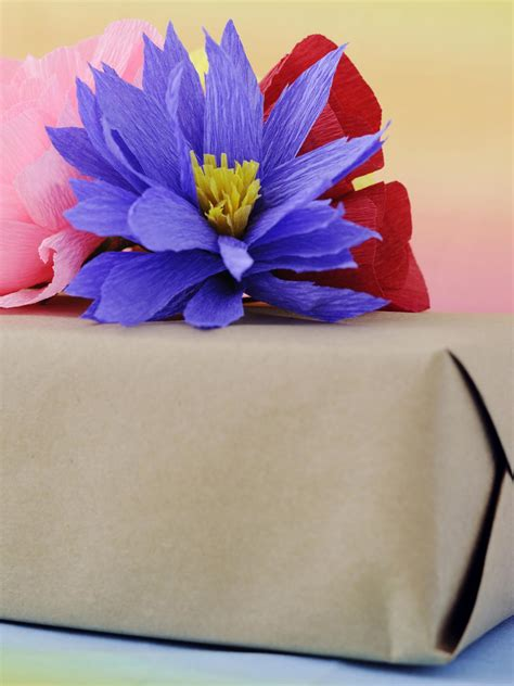 Flower Using Crepe Paper - how to make flowers using crepe paper hgtv