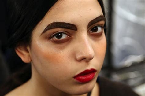 dark eyebrow trend eyebrows growing wild on and off the fashion week runway