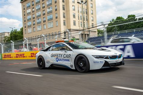bmw test drive bmw i8 facelift will arrive in 2018