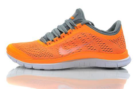 orange nike running shoes womens nike running shoes orange and grey