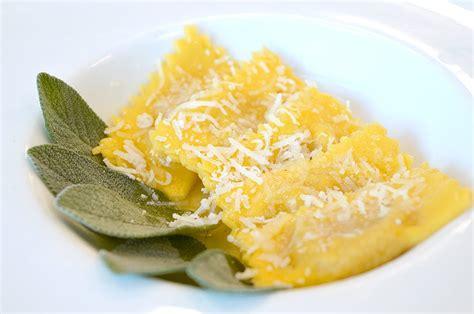 ricetta tortelli di zucca alla mantovana corso di cuoco ricetta tortelli di zucca alla mantovana