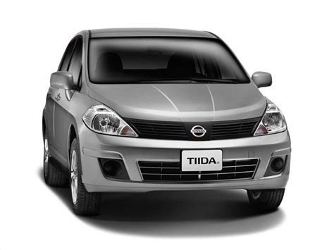nissan sedan 2015 2015 nissan tiida sedan pictures information and specs