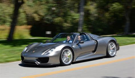 porsche 918 spyder in hybrid sports car photo gallery