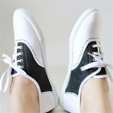 saddle shoes diy 30 diy sharpie projects you to try brit co