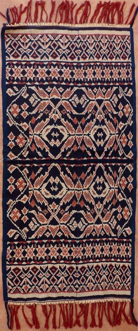 Kain Batik 83 197 best textiles tenun ikat images on ikat indonesia and weaving