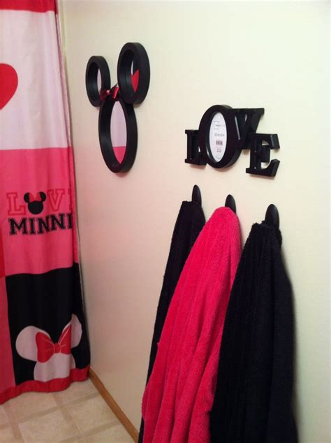 minnie bathroom 1000 images about minnie mouse bathroom on pinterest