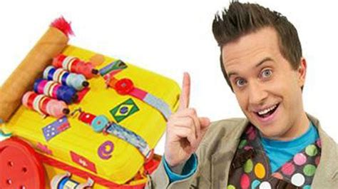 painting mister maker kidzone television new zealand entertainment tv one tv2