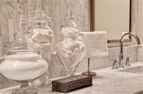 Bathroom Apothecary Jars by 1000 Images About Glass Apothecary Jars On