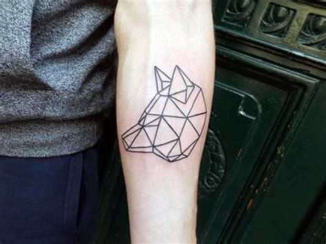geometric tattoos animals 25 awesome geometric animal tattoos strepik temporary