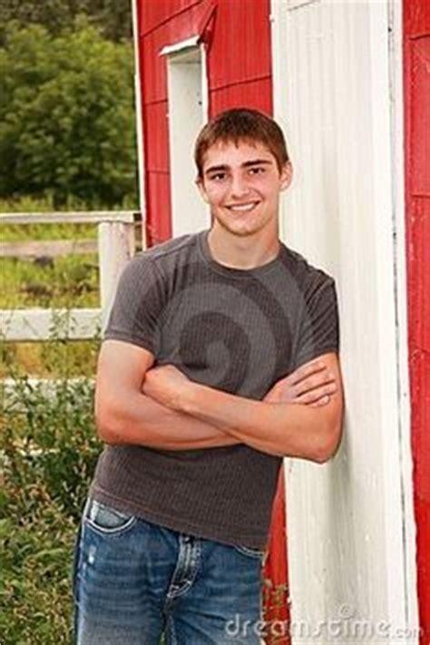 senior posing sles on senior portraits