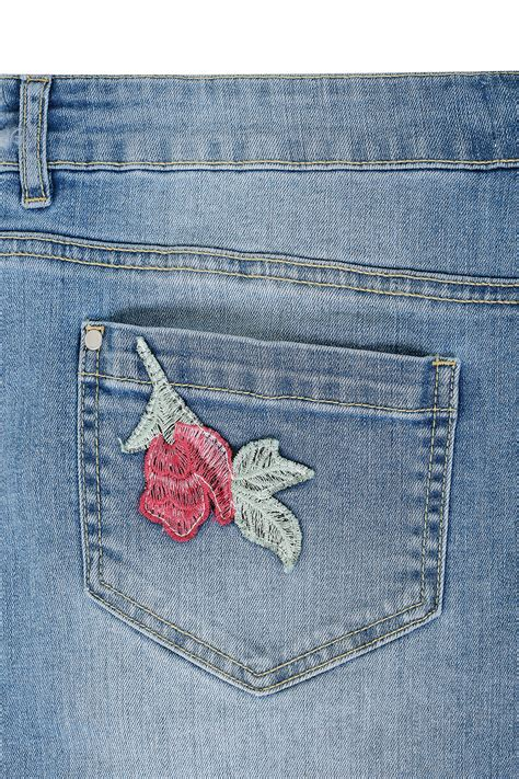 Card 727 Blue mid blue floral embroidered ripped boyfriend plus