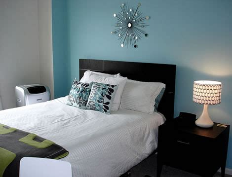 white and blue bedroom decor black and white and blue bedrooms design and decor ideas