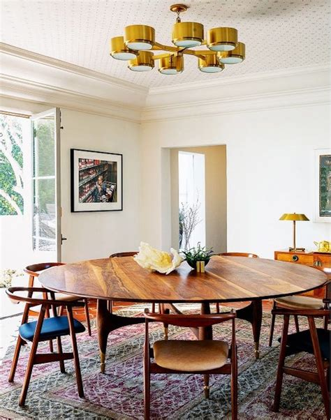 Oversized Dining Room Tables 15 Astounding Oval Dining Tables For Your Modern Dining Room