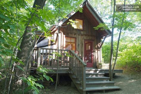 Cabins Ny by 16 Tiny Houses Cabins And Cottages You Can Rent Or