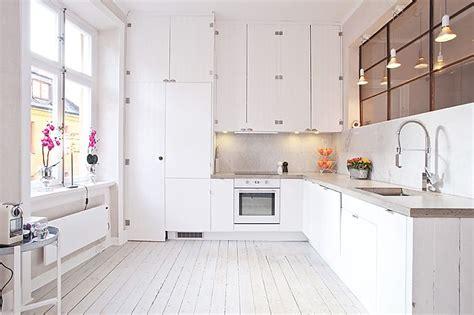 Kitchen Renovation Carrara Marmor Som St 228 Nkskydd Och Platsgjutna B 228 Nkskivor I