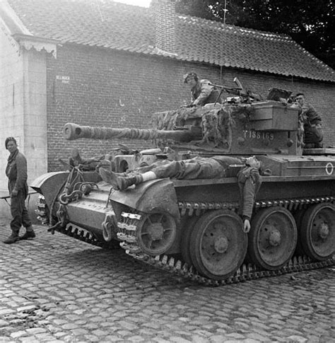 Lp 56 F 2 7th 6 Set Wounded German Soldiers Being Ferried To An Aid Post On