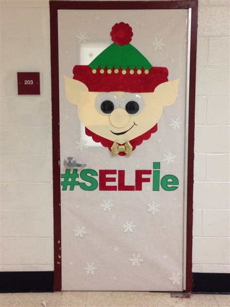 christmas door decorating ideas elf christmas door decorating contest bulletin boards