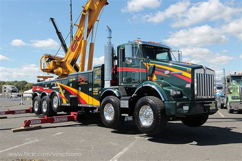 truck wreckers kenworth 1000 images about custom semi trucks on pinterest