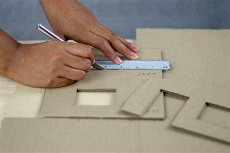 cara membuat kerajinan tangan pigura dari kardus cara membuat bingkai foto dari kardus kerjinan tangan