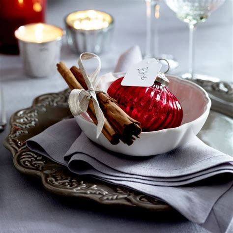 christmas place settings 17 ideas for your christmas place cards anderson grant