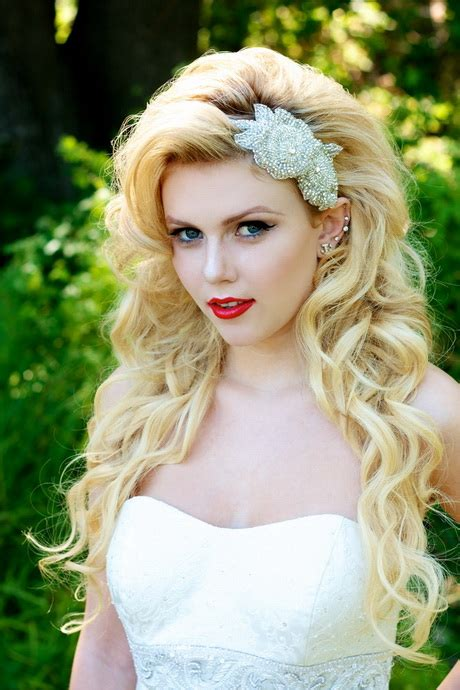 wedding hairstyles curly down with veil wedding veils with hair down