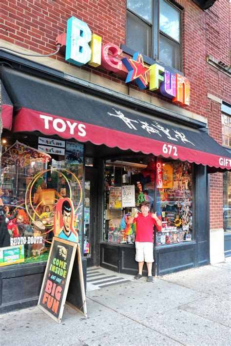 7 Amazing Vintage Stores by 30 Amazing Things To Do With In Columbus Ohio